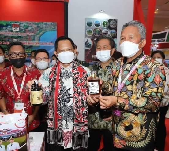 Bupati Minsel Hadiri Pameran APKASI di Istana Kepresidenan Bogor